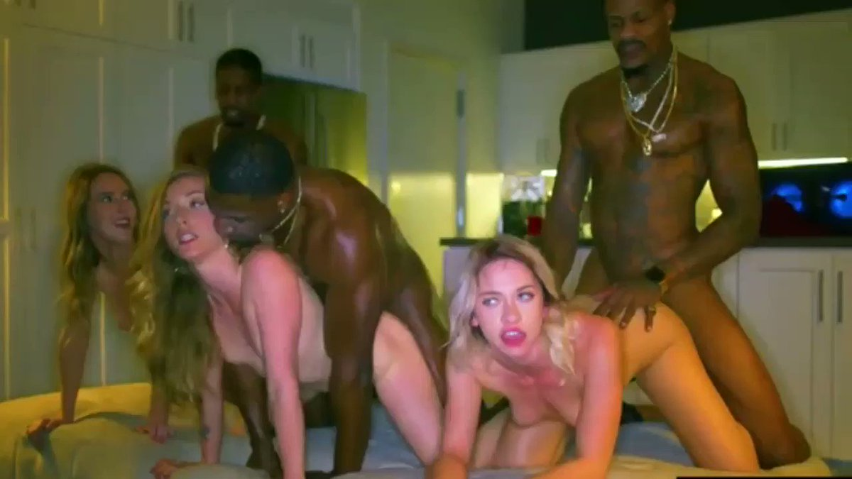 College sex party porn pics