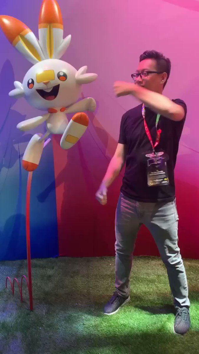 That's a wrap on #PokemonE3! Thanks for following along this week, Trainers! Here's one more Scorbunny fist bump for the road. 🤜🔥🤛 #E32019