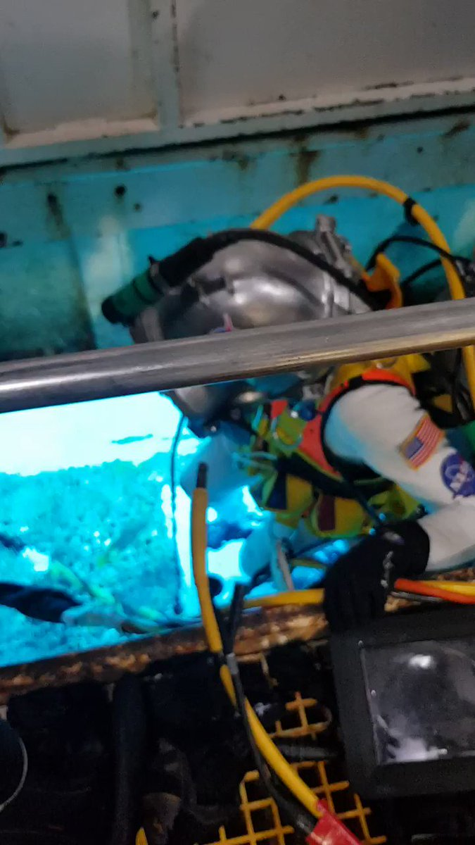This is our wet porch and Jessica staging out. After helmet donning and checks, we can simply walk out into the sea. #NEEMO23
