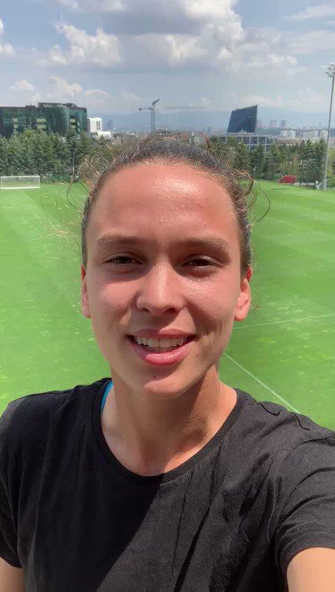 Alla #FIFAWWC è il giorno di #ITABRA! Doris #Bacic ha un messaggio per le sue compagne azzurre 😃♥️🇮🇹 #JuventusWomen