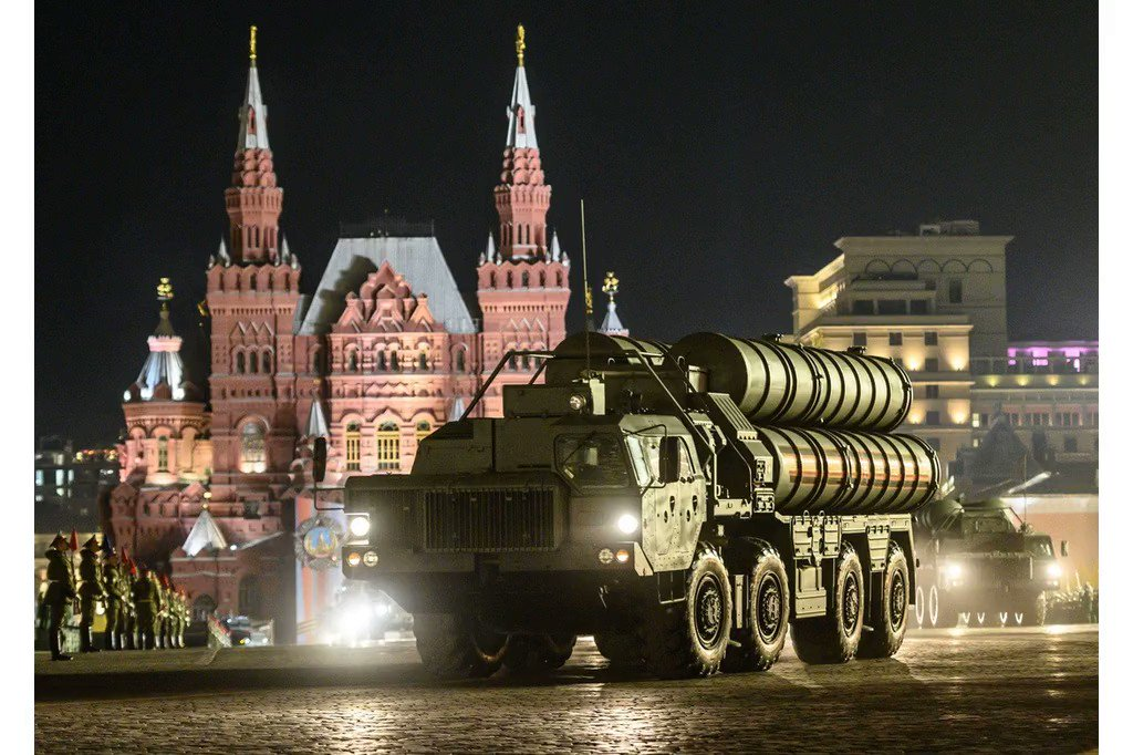 The Trump administration is weighing new sanctions on Turkey over buying Russia's S-400 missile defense system, sources say. Read more @business: https://bloom.bg/2XpNsYs