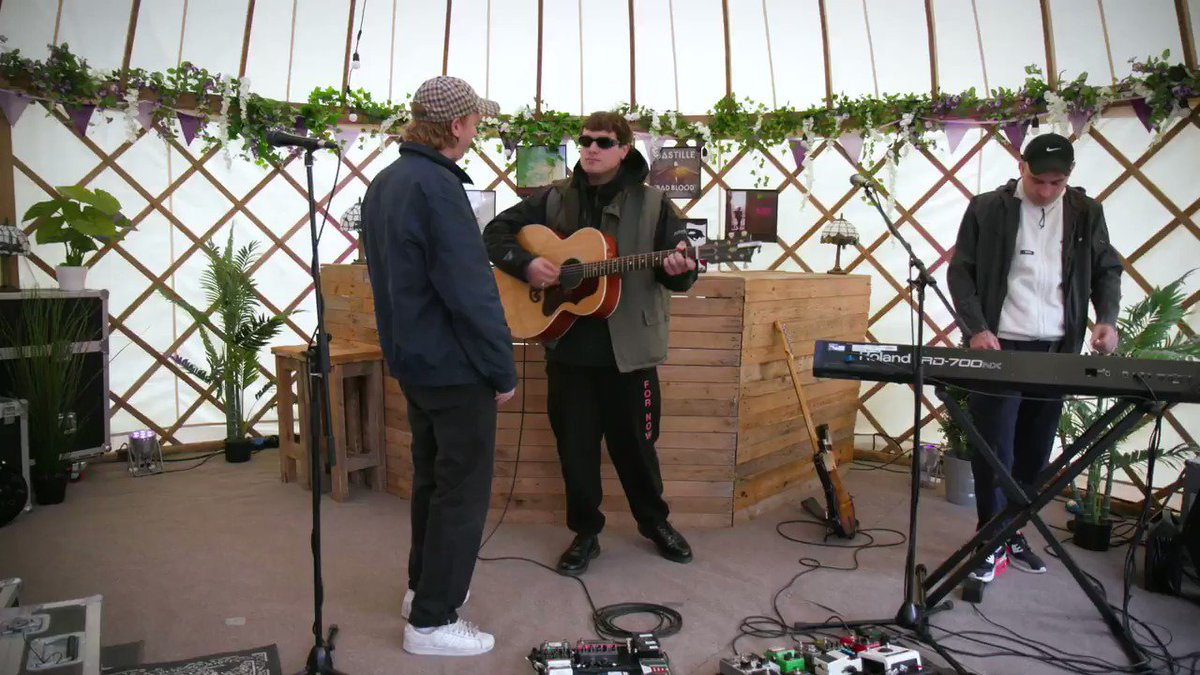 .@dmasmusic DMA's treated us to this stunning acoustic version of The End at the Isle Of Wight Festival last weekend. If you've got a mate that's not hooked on this Aussie three-piece yet then this should do the trick...