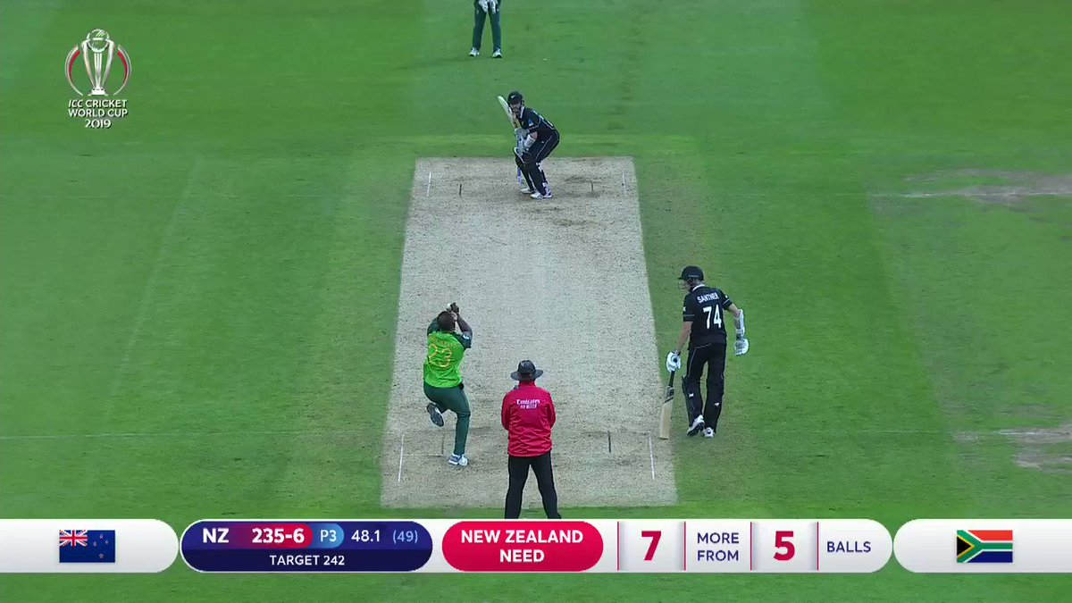 🎤 Kane Williamson, under pressure, does the business! How pleased does @Bazmccullum look at this special moment for Williamson and New Zealand! #CWC19 | #NZvSA