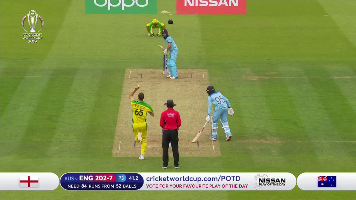 """""""They make it look so easy!""""Maxwell and #AaronFinch combine for a gorgeous grab on the boundary to send Woakes on his way and the Aussies on their way to the semi-finals.#CmonAussie 