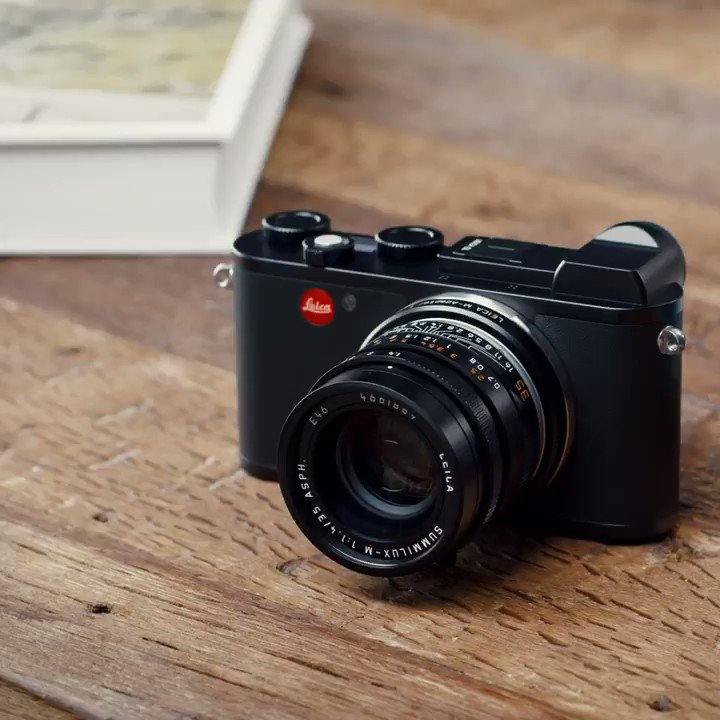 Mix and match the Leica way. The L-Mount bayonet creates a compact and powerful combination of the Leica CL with M-lenses. Learn more about the #LeicaCL: http://bit.ly/2JtzBHC