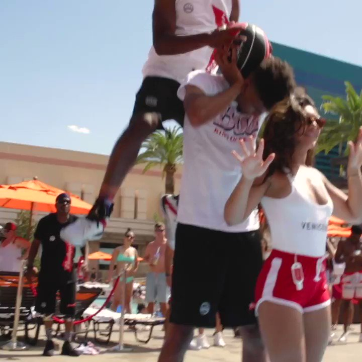 #RT @NBA: RT @MGMResortsIntl: Budweiser LIVE @MGMGrand and the Fan Village @NYNYVegas brought the 🔥 for the MGM Resorts @NBASummerLeague! 🏀😱   Relive #NBASummer below. ⬇️