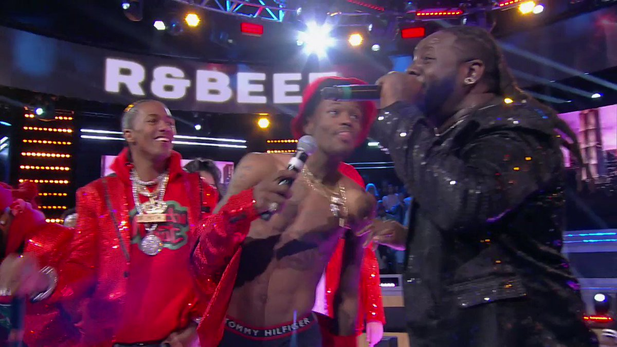 😂 F*ck who won...this is the funniest sh*t I've seen all year @DCYOUNGFLY @TPAIN #WildNOut