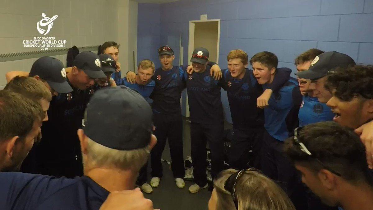 The @CricketScotland boys were in top voice after securing qualification to the #U19WC in South Africa next year – here's their version of the Flower of Scotland: