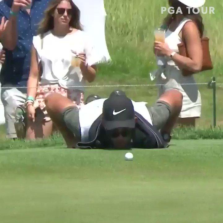 RT @GolfDigest: Patrick Reed's caddie is VERY dedicated. https://t.co/WA3m4Zrc2N