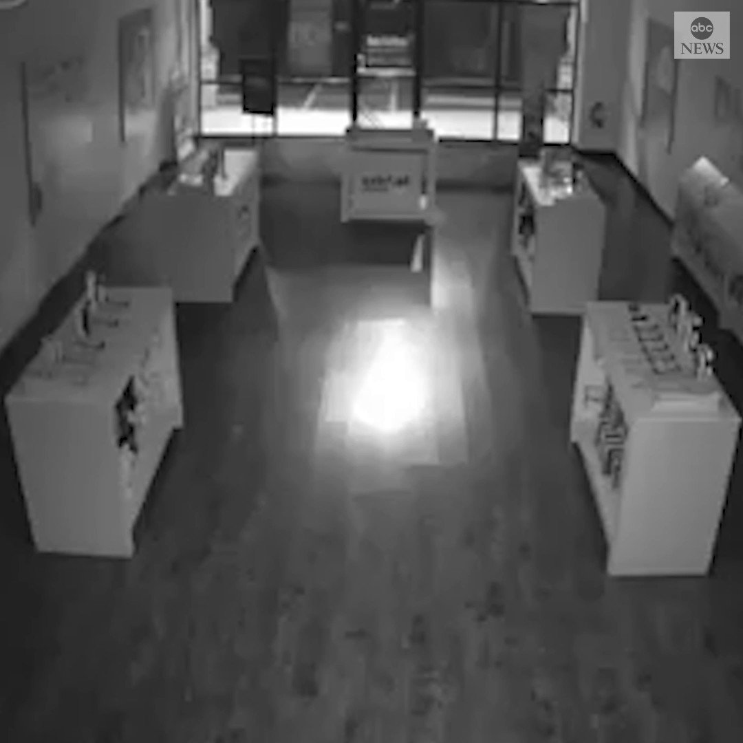 """SMASH AND GRAB: South Carolina police are seeking to identify multiple suspects seen on surveillance footage breaking into a Cricket Wireless store, allegedly stealing """"numerous"""" items. https://abcn.ws/31Cd5DV"""