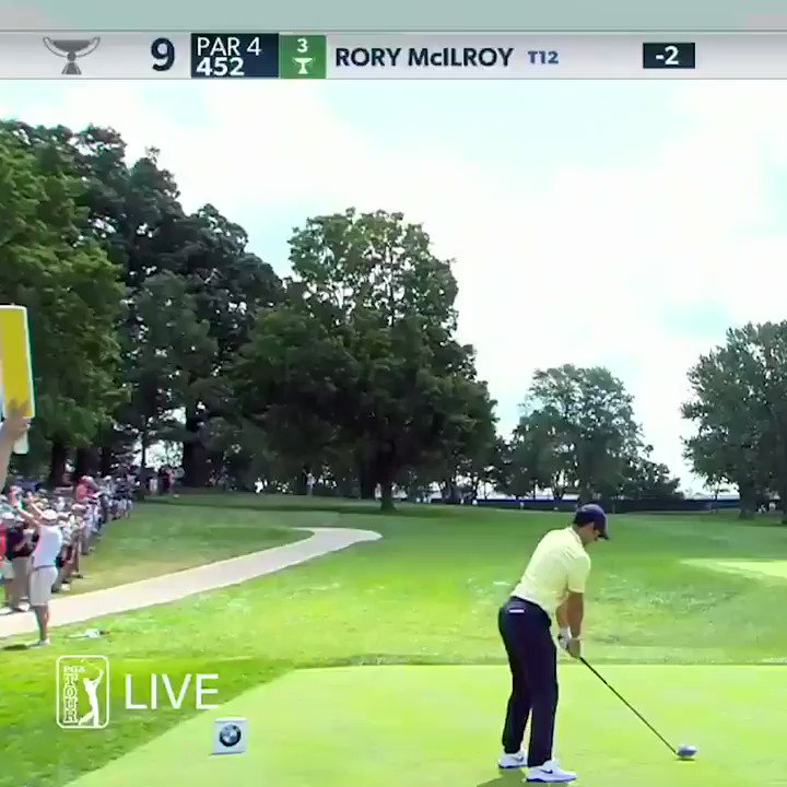 Rory McIlroy confused the heck out of a marshal by taking a ridiculous line off the tee