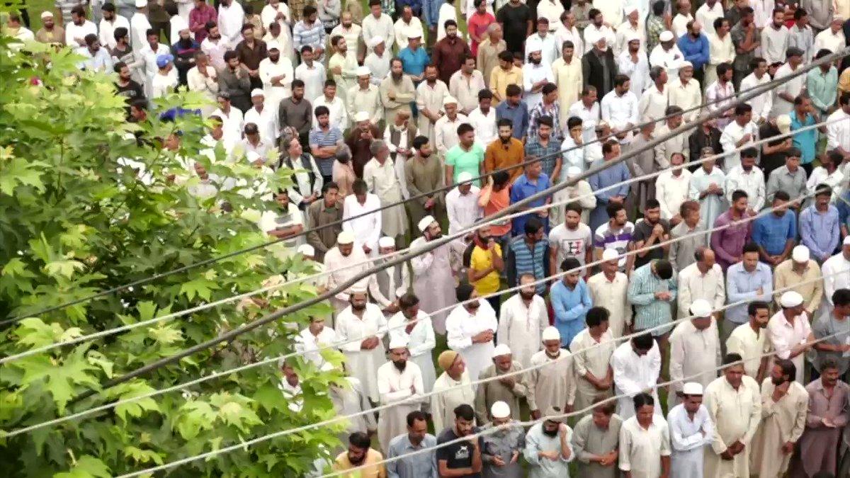 श्रीनगर के सौरा में मोदी सरकार के विरोध में उतरीं कश्मीरी महिलाएं (आमिर पीरजादा/रुबाइयत बिस्वास)