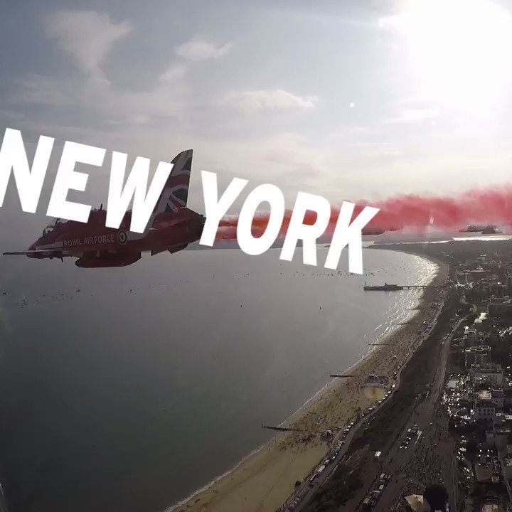 #NYC are you ready for the RAFRedArrows? 🇺🇸They'll be flying over the Hudson River and the #StatueOfLiberty (09:30 EST) with the BlueAngels, the AFThunderbirds and F-35 Lightning II Demo team. Learn more at 👉http://great.gov.uk/redarrows #RedArrowsTour…