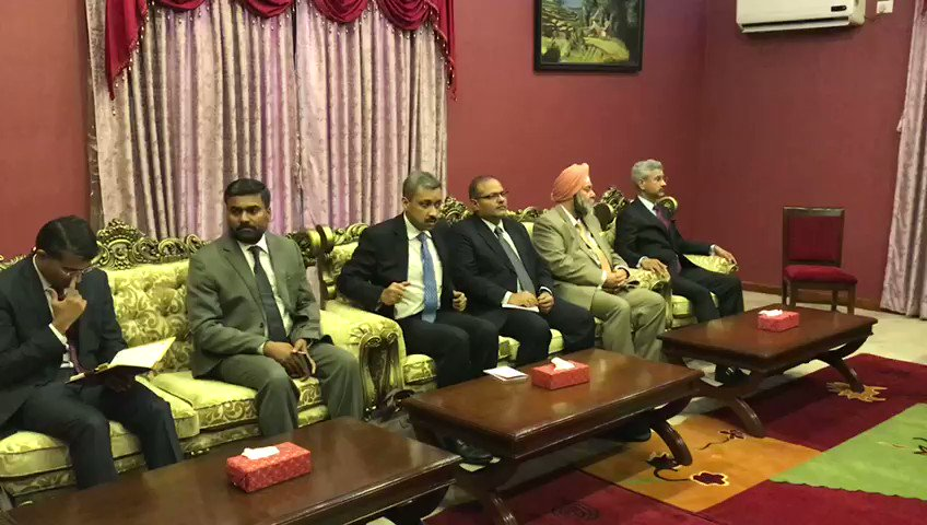 EAM @DrSJaishankar pays courtesy call on President of Nepal Bidya Devi Bhandari at Sheetal Niwas, the President House in #Kathmandu.