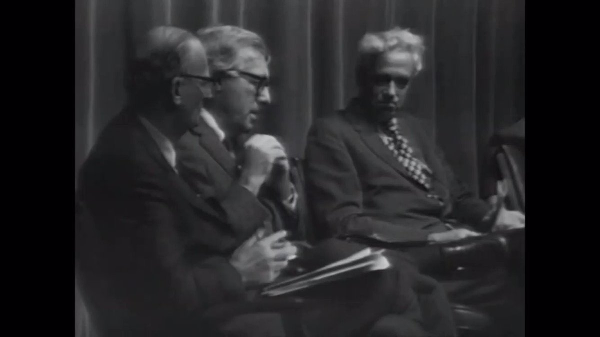 In the green of leaf and promising of peach Wed reach our hands to touch and almost touch the sky. #Remembering Ray Bradbury, born #OTD in 1920. In this clip from @NASAJPL, The Martian Chronicles author reads a poem in 1971, on the eve of Mariner 9 entering Mars orbit.