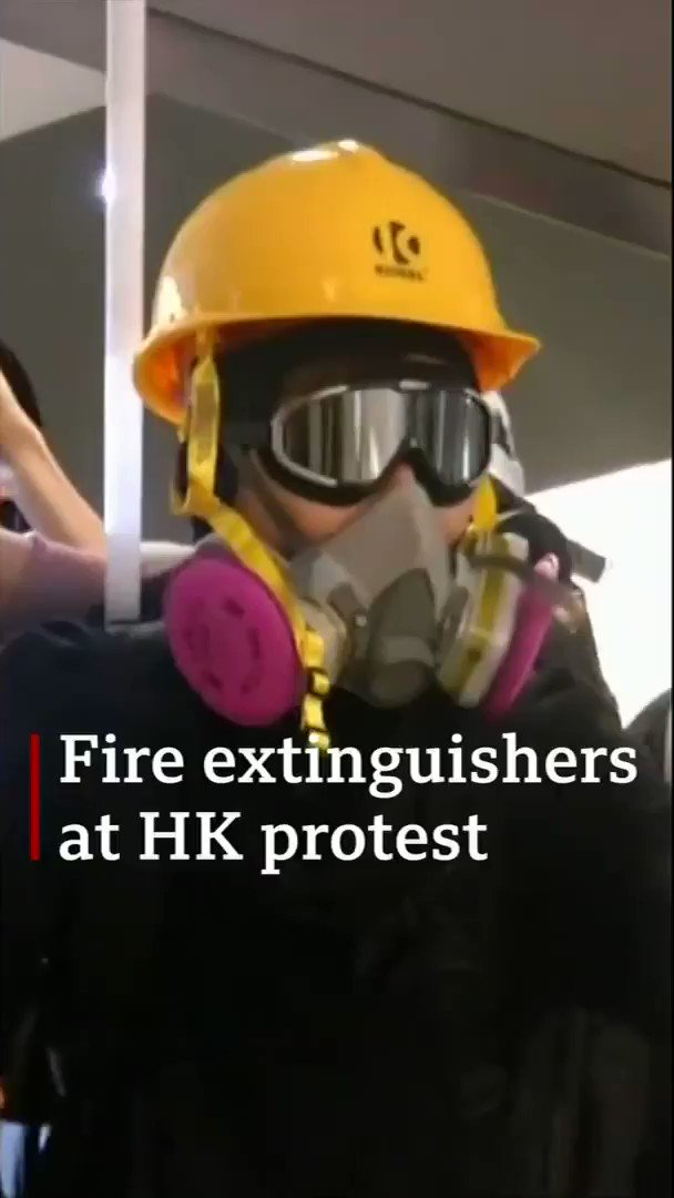 On Wednesday a sit-in at Yuen Long train station in Hong Kong ended with a stand-off Protesters let off fire extinguishers, used fire hoses, sprayed soap on the floor and built barricades to fend off the police[Tap to expand] http://bbc.in/31Tus3c