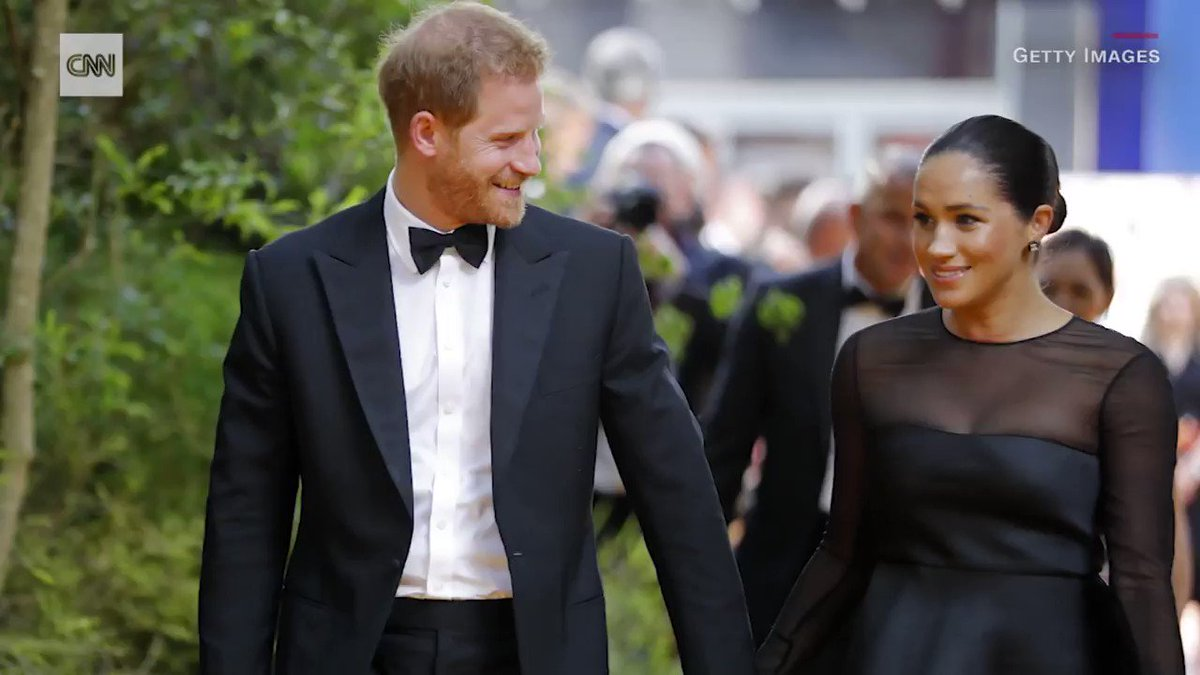 Meghan, Duchess of Sussex, made an unexpected appearance this past week at a photo shoot for her Smart Works charity, which provides unemployed women with outfits for job interviews. cnn.it/31U9MYW