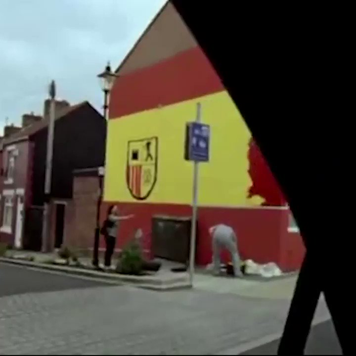 When Fernando Torres joined Liverpool, @nikefootball made this. One of the best football adverts ever! 🇪🇸