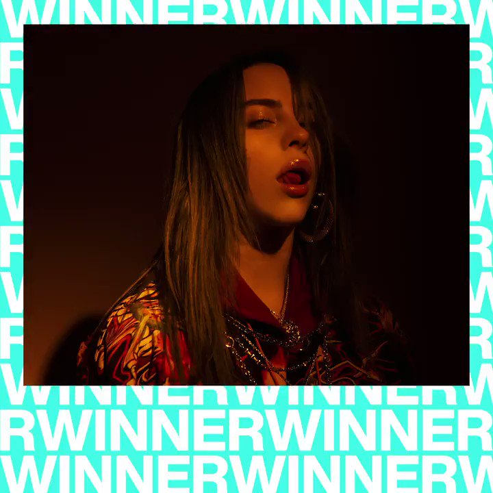The #VMA for BEST NEW ARTIST goes to... @billieeilish! 🏆