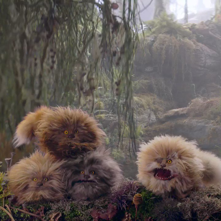 Review: Dark Crystal Prequel Is Beautiful But Hollow - Top