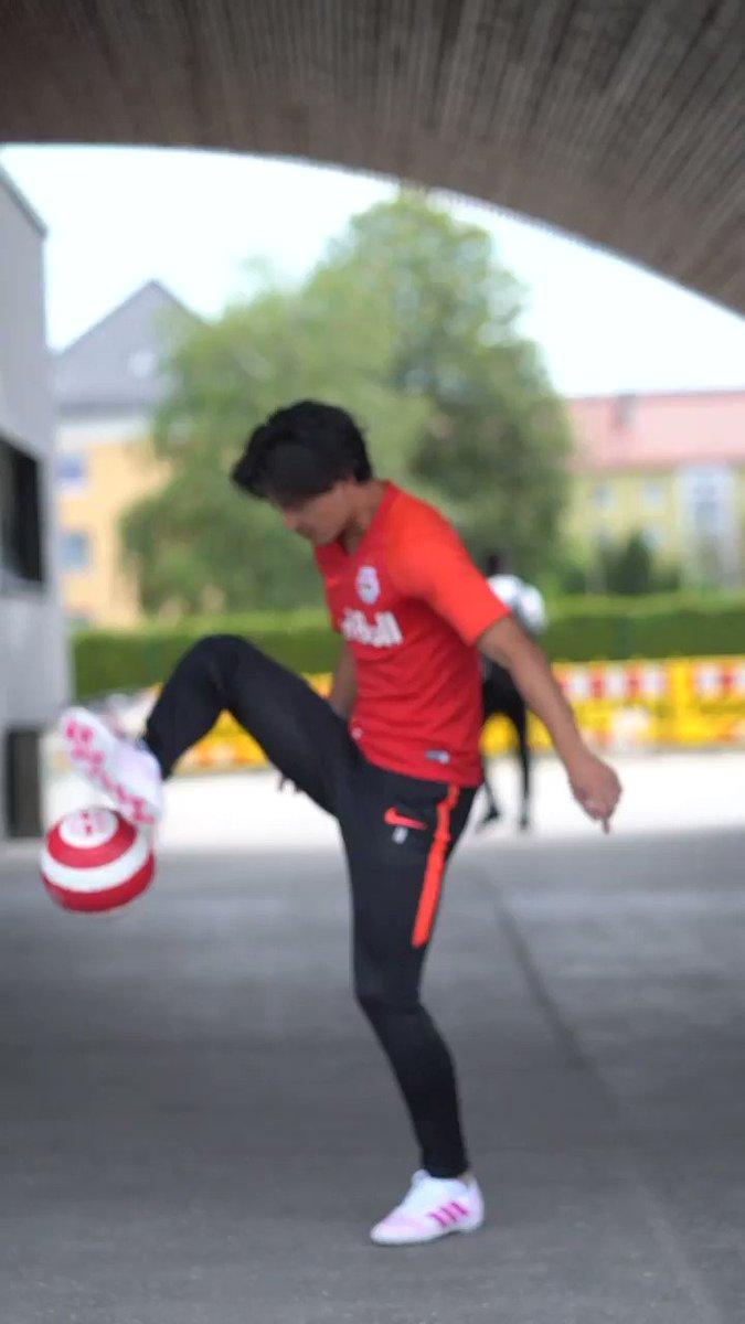 RT @redbulljapan: 【代表戦の前におさらいを!】 ⚽新世代サッカー日本代表、南野拓実のパフォーマンス向上の極意 https://t.co/4EW1FvOA2A  #daihyo https://t.co/V5O9lXRMRP