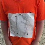 テネシー大学が大好きな小学校4年生。手書きで作ったTシャツが原因でいじめられた。少年の話を聞いた大学の対応が素晴らしい。
