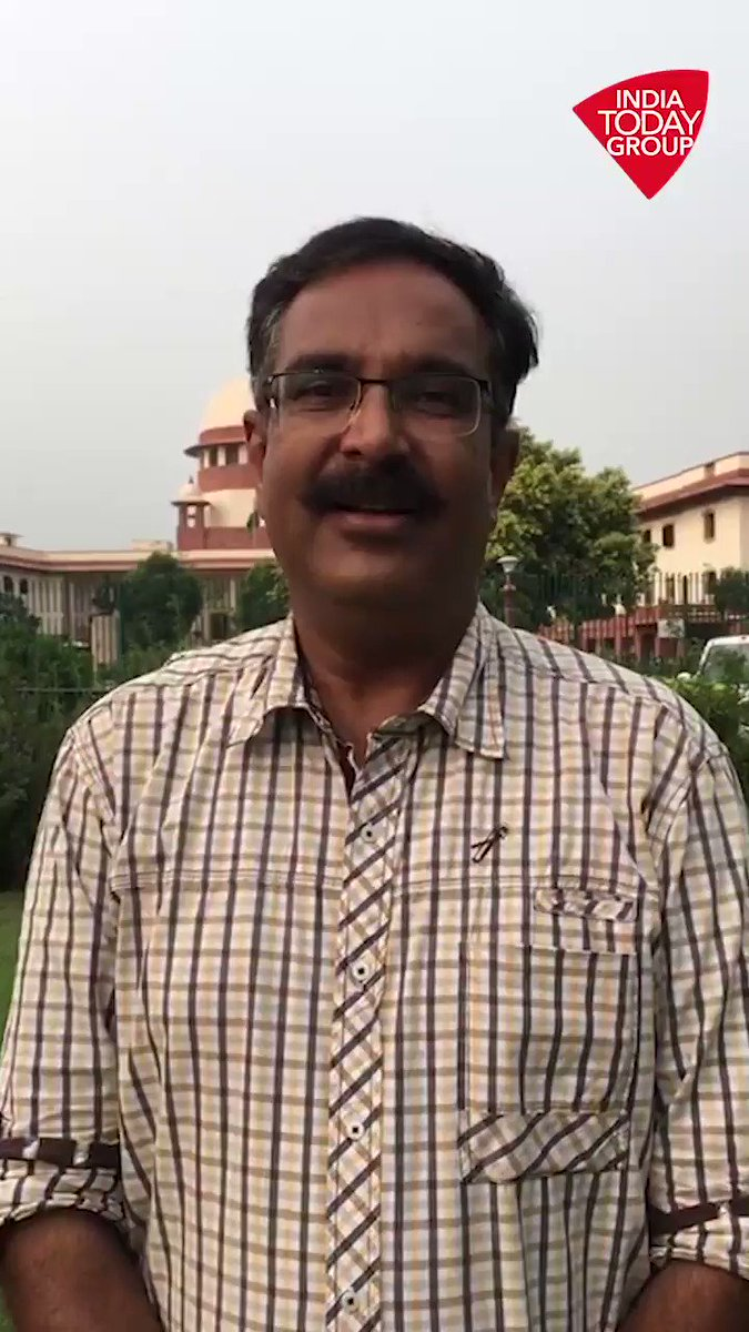 सुप्रीम कोर्ट में अयोध्या मामले पर आज 22वें दिन की सुनवाई हुई. आज पक्षकारों की ओर से वकील राजीव धवन ने बहस पूरी की. ज़्यादा जानकारी दे रहे हैं @mewatisanjoo #ReporterDiaryhttp://bit.ly/IndiaTodaySocial…