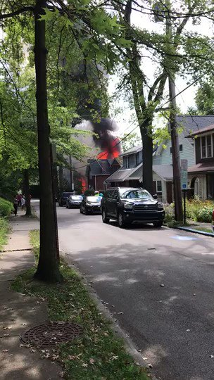 Explosion levels Edgewood house this afternoon. post-gazette.com/local/east/201…
