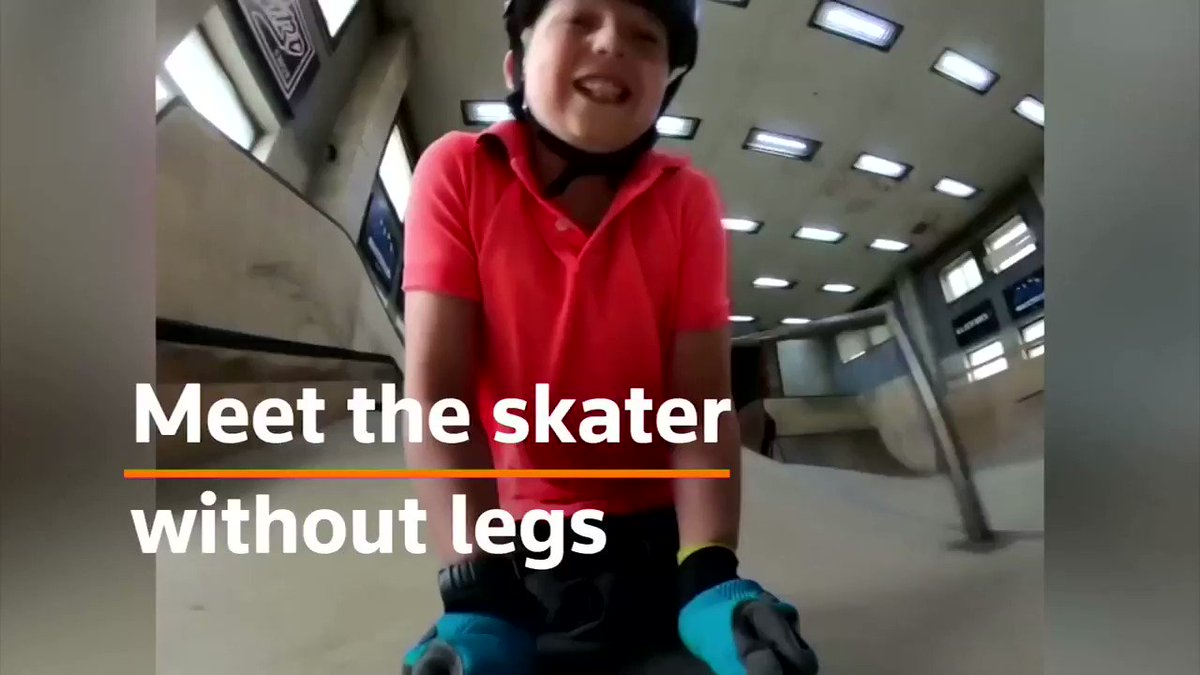 Image for the Tweet beginning: Ten-year-old skater without legs goes
