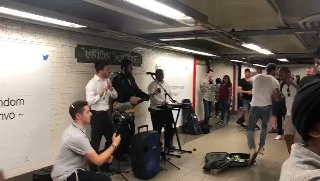 WATCH: Hasidic Jews rocking the Union Square station in New York, and New Yorkers just cant get enough. We love it!