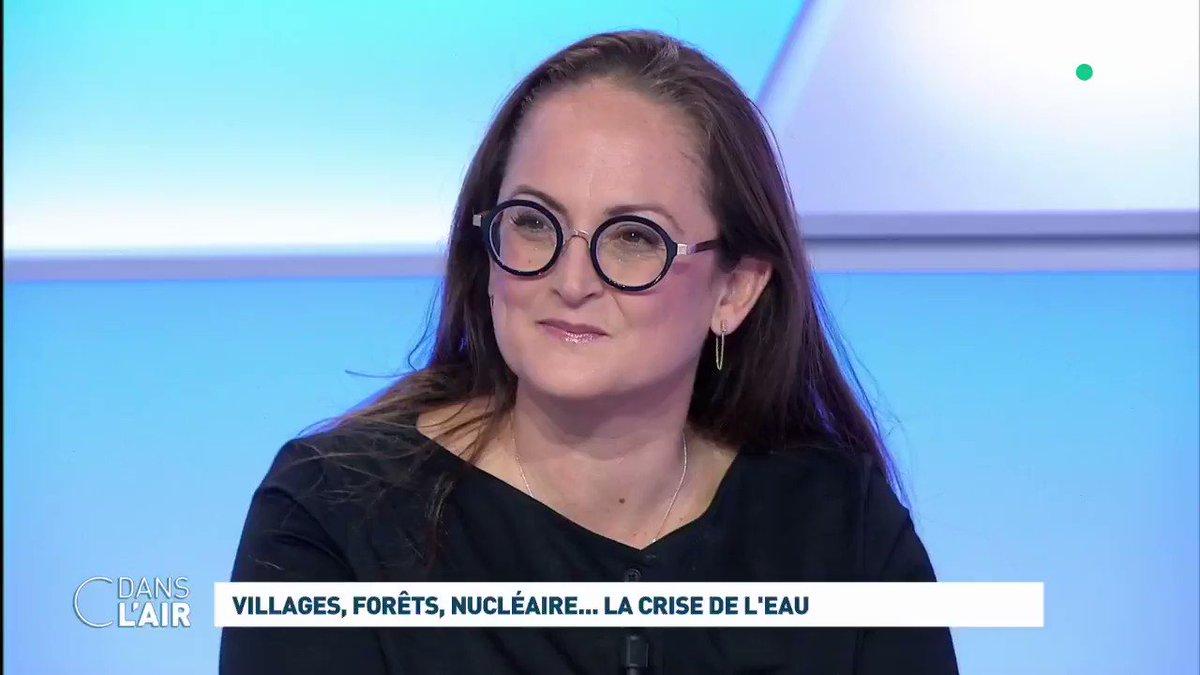 """Image for the Tweet beginning: """"La France a plongé d'un"""