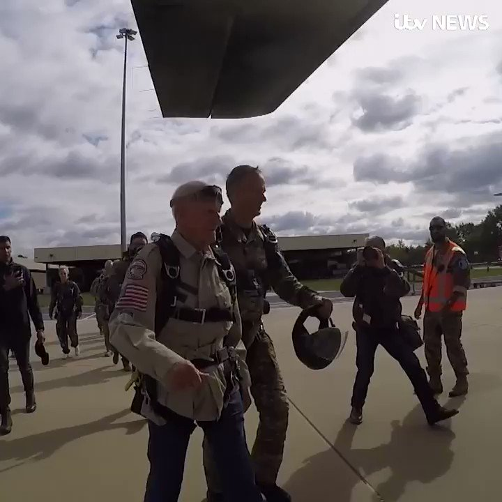 Im going to do it until Im 100. This 98-year-old D-Day veteran has parachuted out of a plane in the Netherlands, and has no plans to stop. Read more: itv.com/news/2019-09-1…