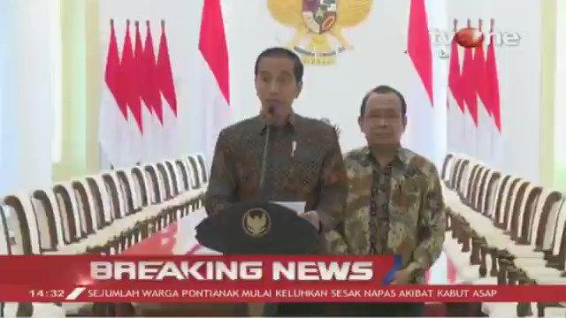 [BREAKING NEWS] Jokowi: Saya berkesimpulan masih ada materi-materi yang membutuhkan pendalaman lebih lanjut. Untuk itu saya sudah memperintahkan menteri hukum dan Ham untuk menyampaikan ke DPR RI agar RUU KUHP ditunda. #BreakingNewstvOne #tvOneNews
