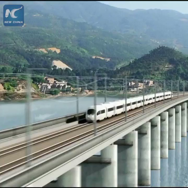 "China's 600 kph maglev train: Key components are unveiled in Zhuzhou, which are equivalent to the ""heart"" and ""blood supply system"" of the train. #HighSpeedRail"