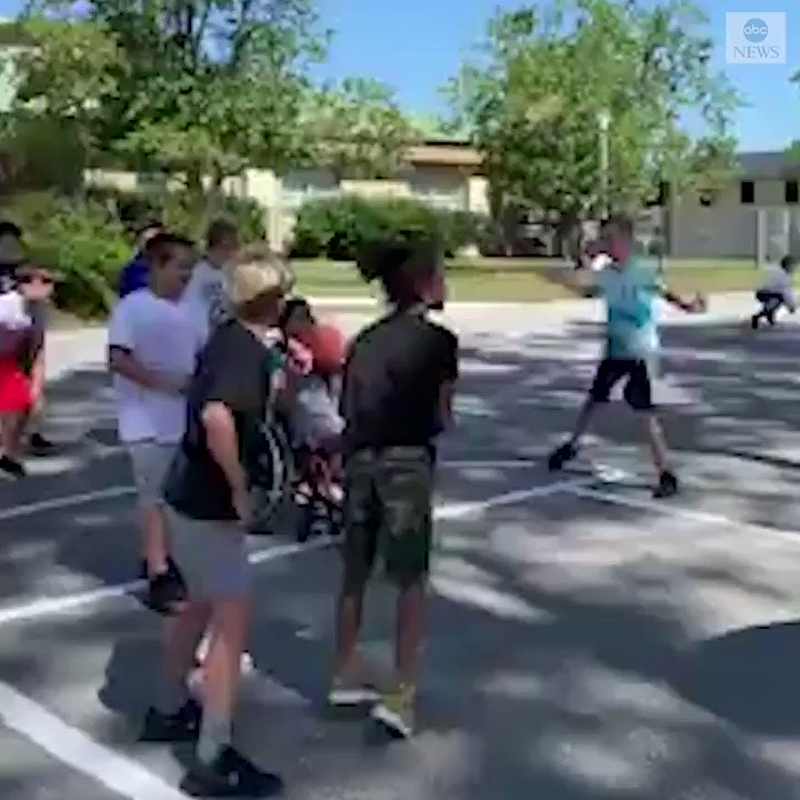 NOTHING BUT NET: These big hearted 5th graders inviting a 3rd grade student in a wheelchair to play basketball with them will make your weekend. abcn.ws/30DZStc