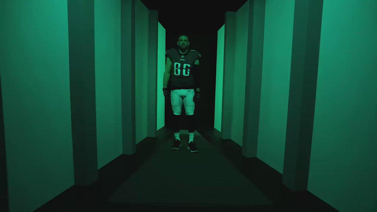 @Eagles's photo on Ertz
