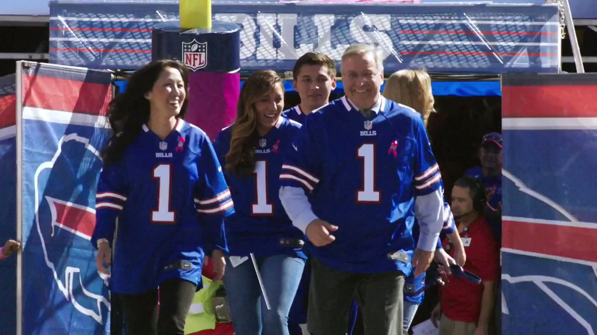 On this date five years ago, the Pegulas officially bought the Buffalo Bills. Happy #OneBuffaloDay! 🙌