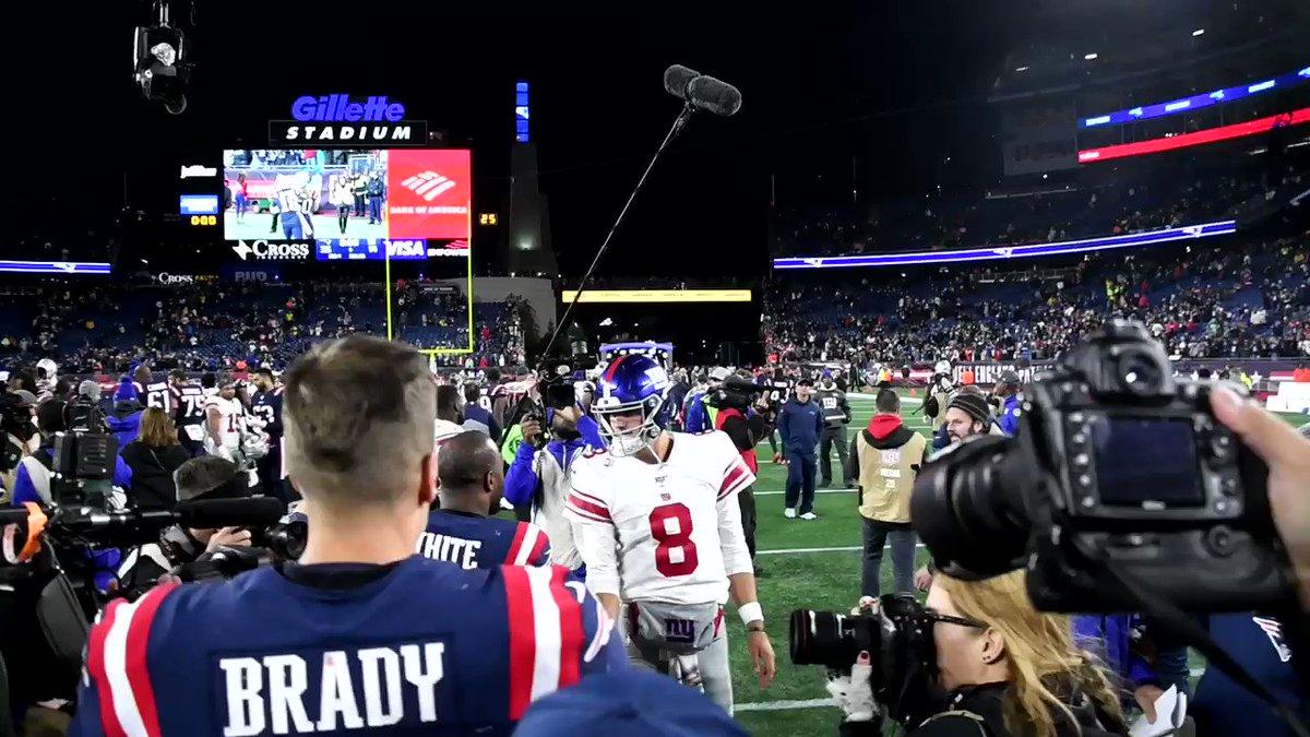 Giants Twitter turns on Daniel Jones after 3-interception performance