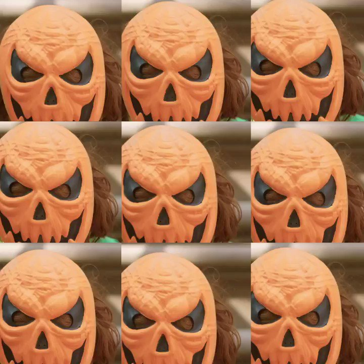 Have (skele)TONS of fun with masks, sparkles and m...