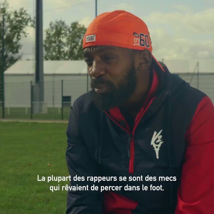 .@DaUzi270 : Les rappeurs ils voulaient tous devenir pro au foot mais ils se sont tous fait les croisés, tas capté ? 😂😂 🚨 NOUVELLE VIDÉO LBDF | ITW Pénalty 🚨