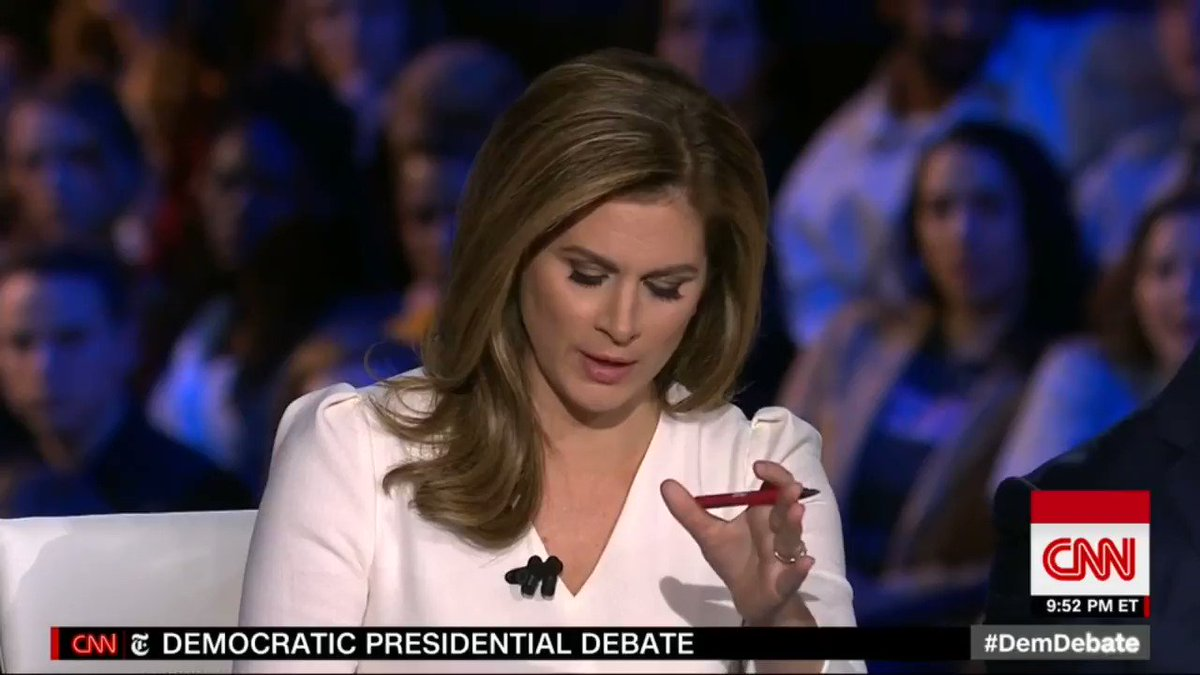 Bernie: Im healthy, Im feeling great Crowd: *cheers* #DemDebate #DebateWithBernie