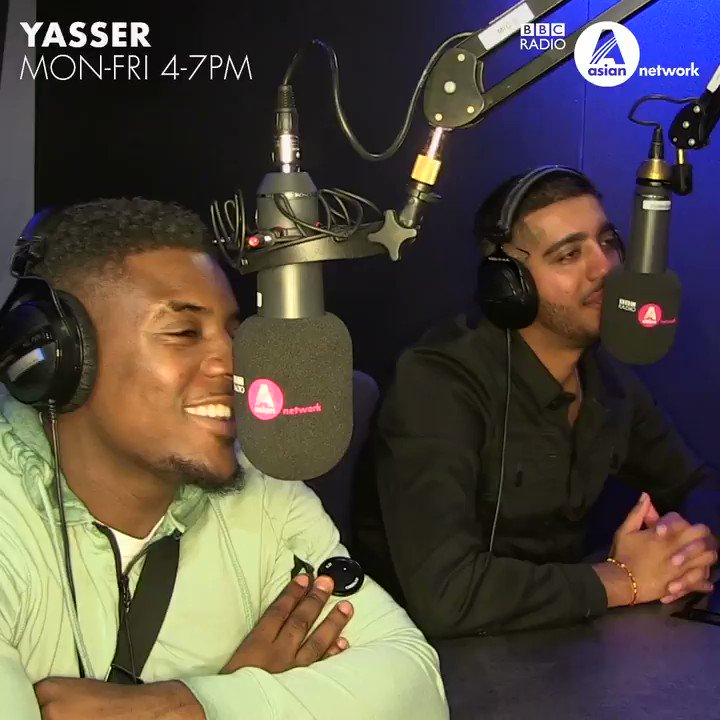 """""""@tweet_mist, Gov and @steelbanglez had a little mad theory between them"""" 😂   @helloyasser has done some investigating to find out who leaked #47 🕵🏽♂️  Listen to the full interview on the @BBCSounds app"""