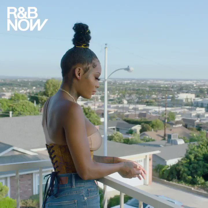 .@IAMSUMMERWALKER & @AriLennox are #OverIt. 💅💅💅Watch the rest of the interview and listen to the #RnBNow playlist on Apple Music: http://apple.co/OverIt