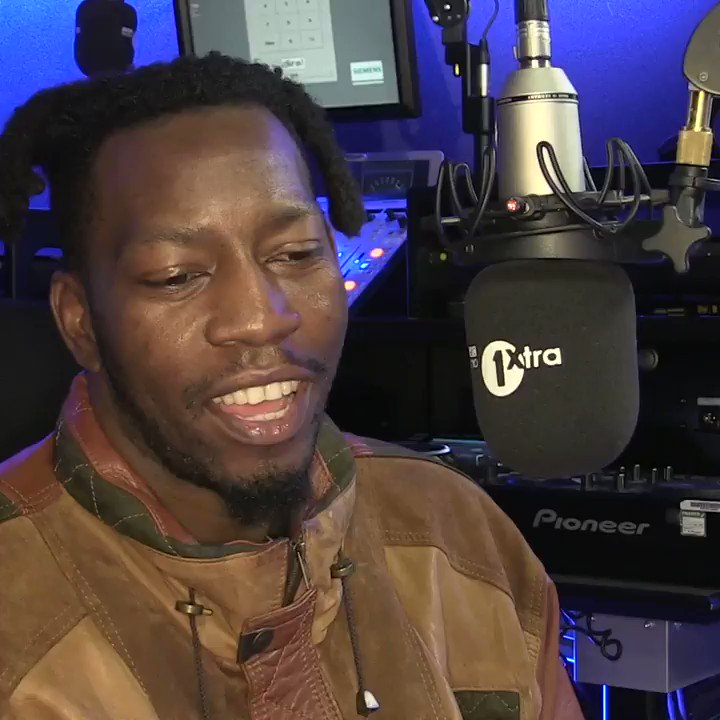 ''I loved that song when it came out... I think I bought it'' 👀  @TiggsDaAuthor took on a Q & A as he joined @DJTarget for the #TargetEmbargo 🙌