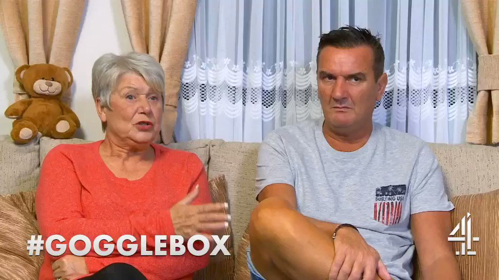 This is how to shake a hand @SangeetaKandola #handshake #Gogglebox