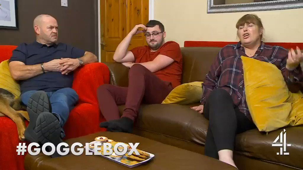 Trying to explain pegging @TheMalonesGB #pegging #LesbianGuideToStraightSex #Gogglebox