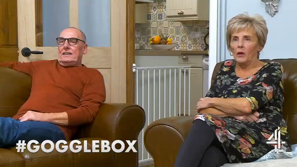 Someone explain where the male G spot is… @DaveAndShirley #Gspot #pegging #LesbianGuideToStraightSex #Gogglebox