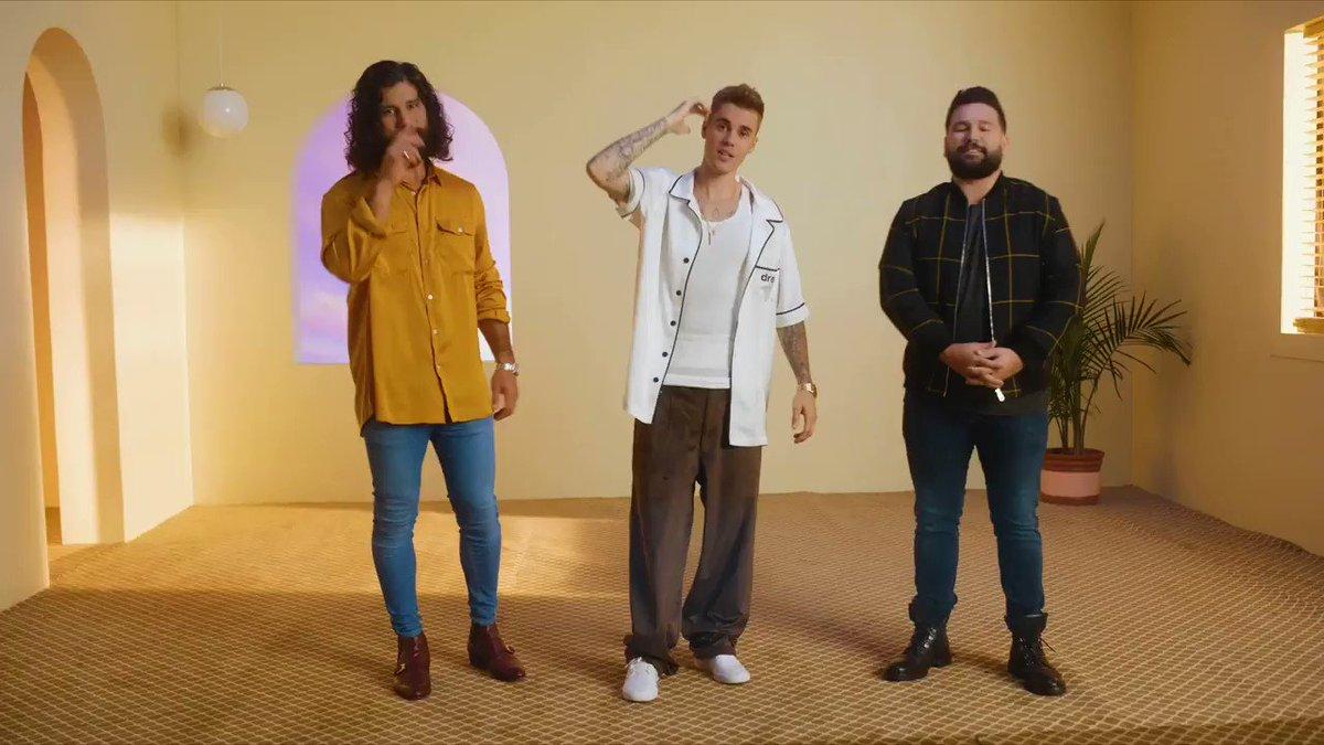 Dan + Shay (@DanAndShay) とジャスティンビーバー (@justinbieber) がコラボした新曲 #10000Hours はもうチェックしましたか⁉️ ロマンティックな歌詞と3人の心地良いハーモニーに注目👀👉spoti.fi/33NtxlY
