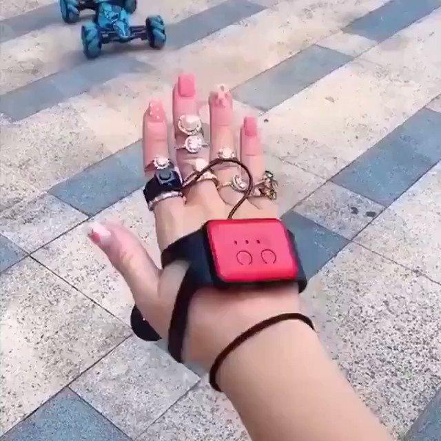 #Gesture Sensing Remote Control Stunt Car #WearableTech via @MikeQuindazzi @MikeQuindazzi @HaroldSinnott @Fisher85M @sallyeaves @ramonvidall @SpirosMargaris @LouisSerge @jblefevre60 @Ym78200 @chboursin @diioannid @THEAdamGabriel @JGrobicki @gvalan @Fabriziobustama