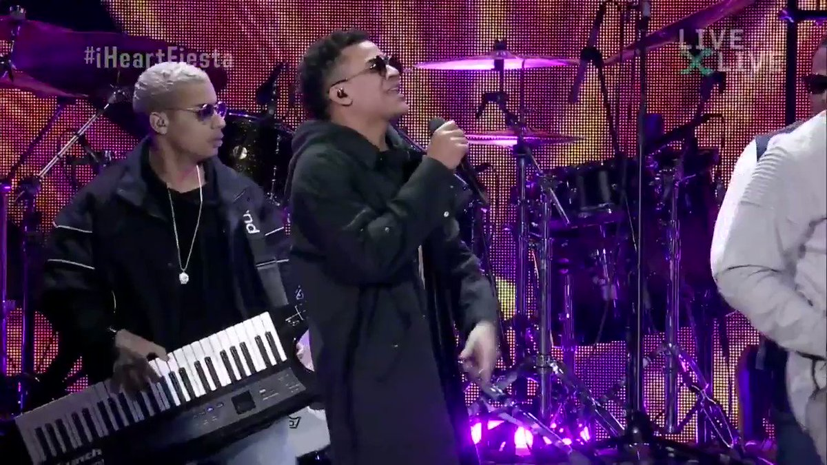 The fiesta starts NOW!! Were live in Miami with @GdZOficial Tune-In: bit.ly/FiestaLatina_S… #iHeartFiesta #GenteDeZona